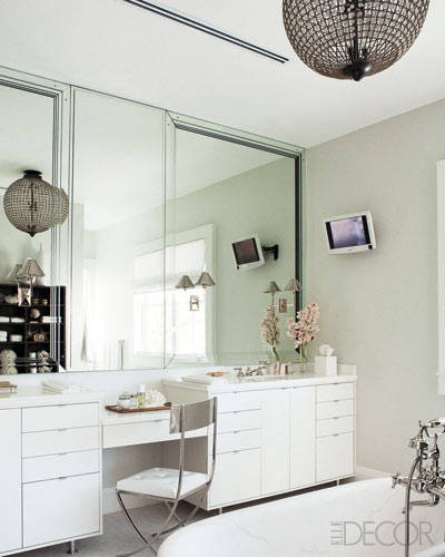 My ultimate home dream? A huge space to get ready near my bathroom. Swooning.